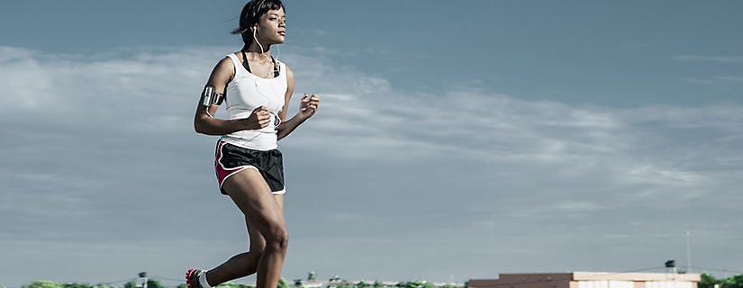 Verizon User Experience: A Fitness Trainer Motivates Her Clients and Herself with the Fitbit Zip