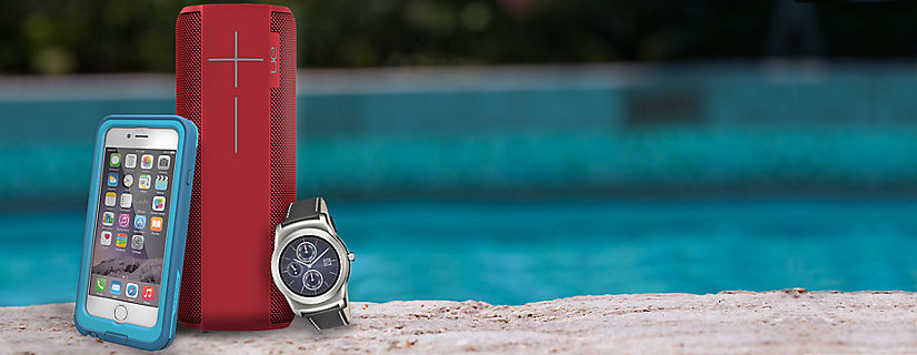 The Top 5 Waterproof and Water-Resistant Summer Accessories