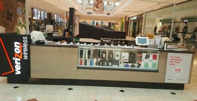 Montgomery Mall Kiosk